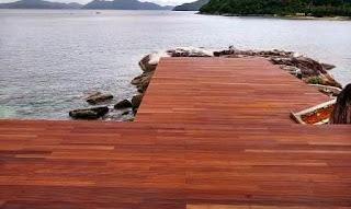 decking kayu madura
