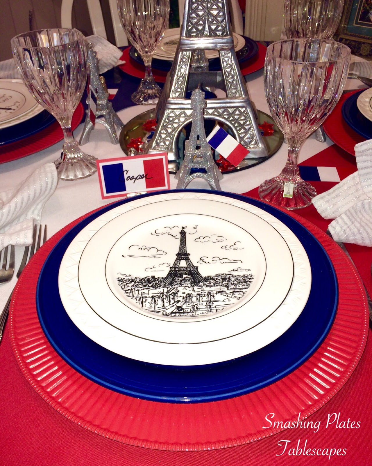 Eiffel Tower centerpiece. & Smashing Plates Tablescapes: Bastille Day