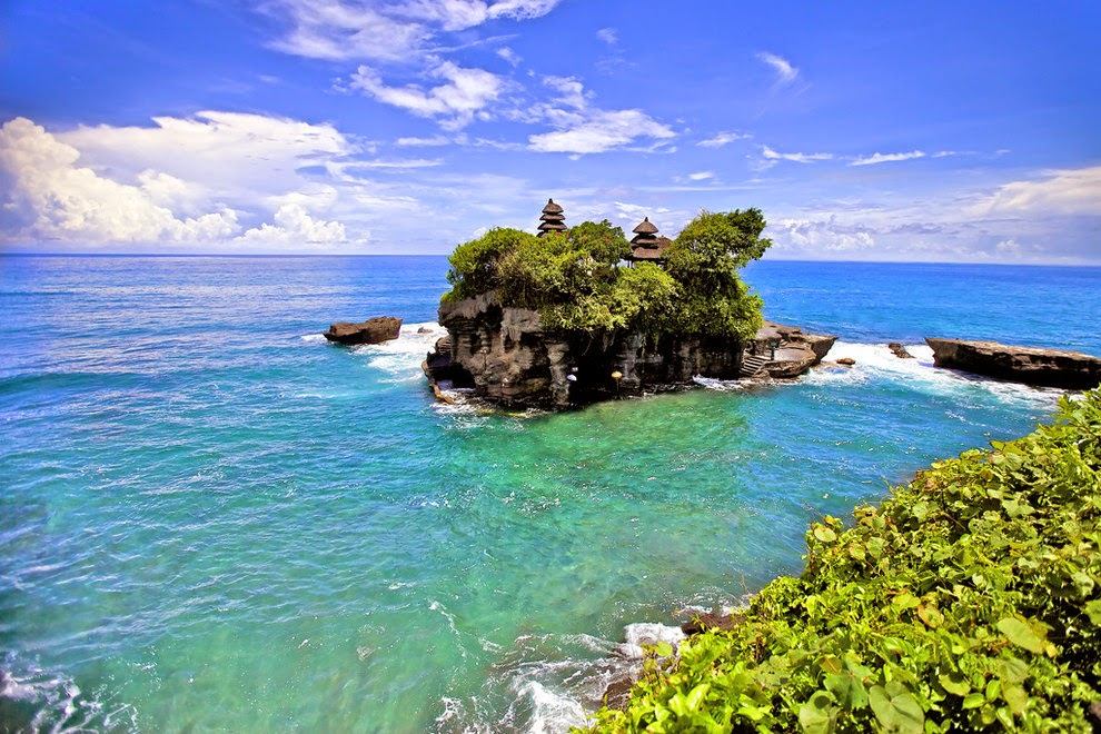 Most beautiful scenery Indonesia | Most beautiful places ...