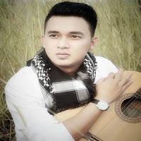 Lirik Lagu Minang Andri Dharma - Pusaro Cinto