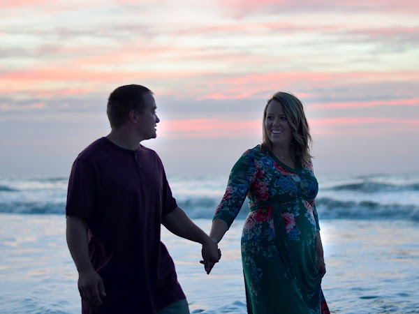 Palmetto Snapshots || Maternity Pictures