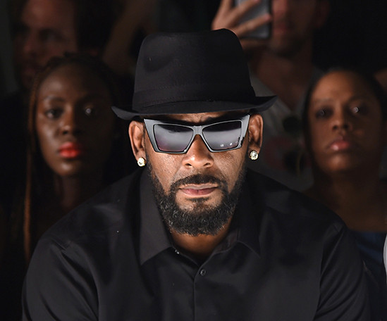 R. Kelly pleads with judge to permit him to travel to Dubai to go work, says he needs money