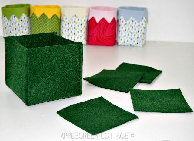 A super easy and ultra quick project for any sewing beginner. The only thing you need is a square of felt and 10 minutes of your time (or less). You'll have tons of fun with this super easy project!