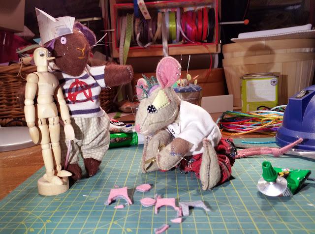 diy, bricolage, souris, mouse, dummy, mannequin, tail, queues, ears, oreilles