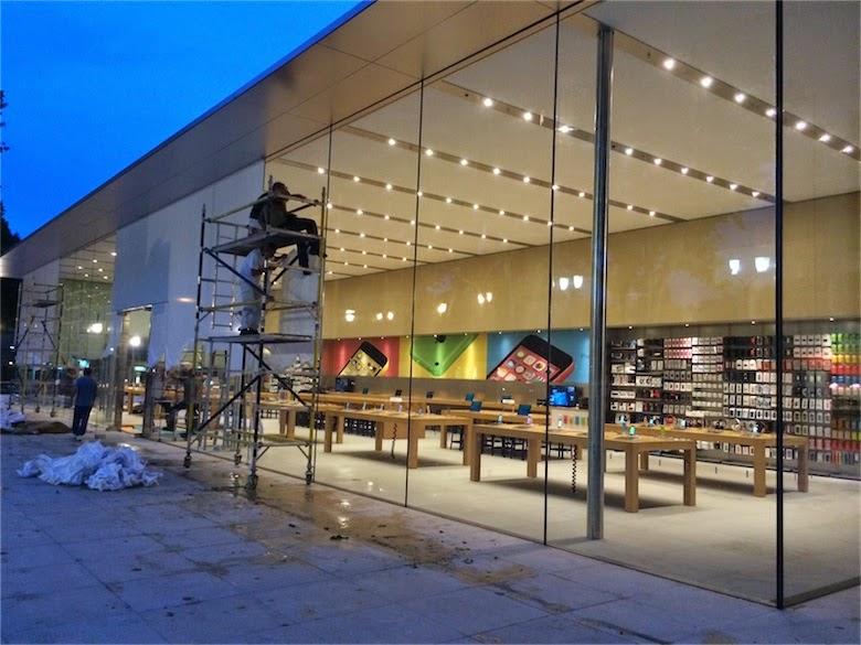 cabelkawan photos apple store aix en provence. Black Bedroom Furniture Sets. Home Design Ideas