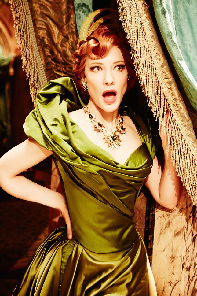 Cate Blanchette en Lady Tremaine dans Centrillon