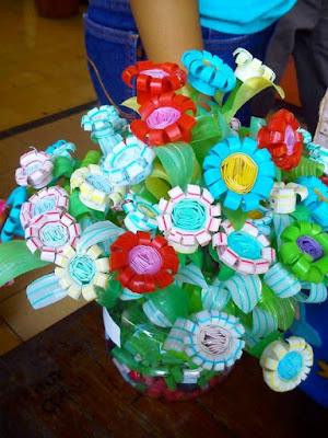Ide Bunga Cantik Dari Sedotan Bekas