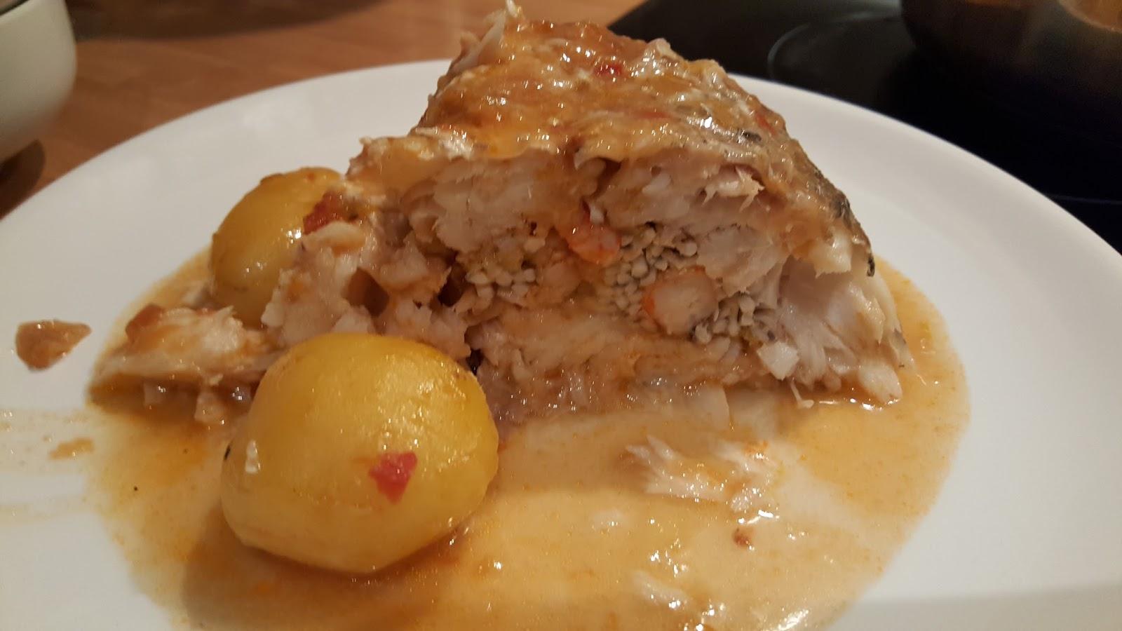Mis recetas escondidas merluza rellena al horno - Merluza rellena de marisco al horno ...