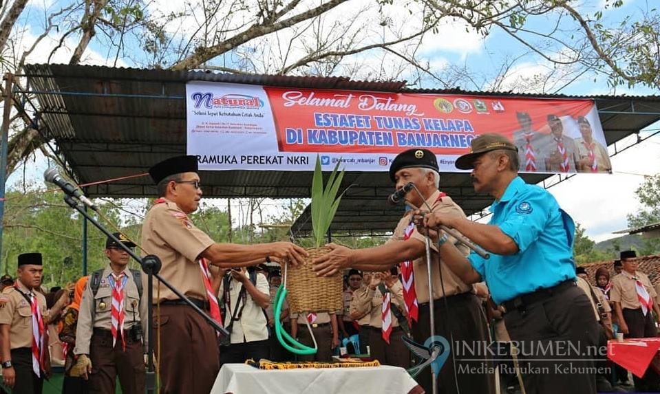 Estafet Tunas Kelapa Diserahkan ke Banjarnegara