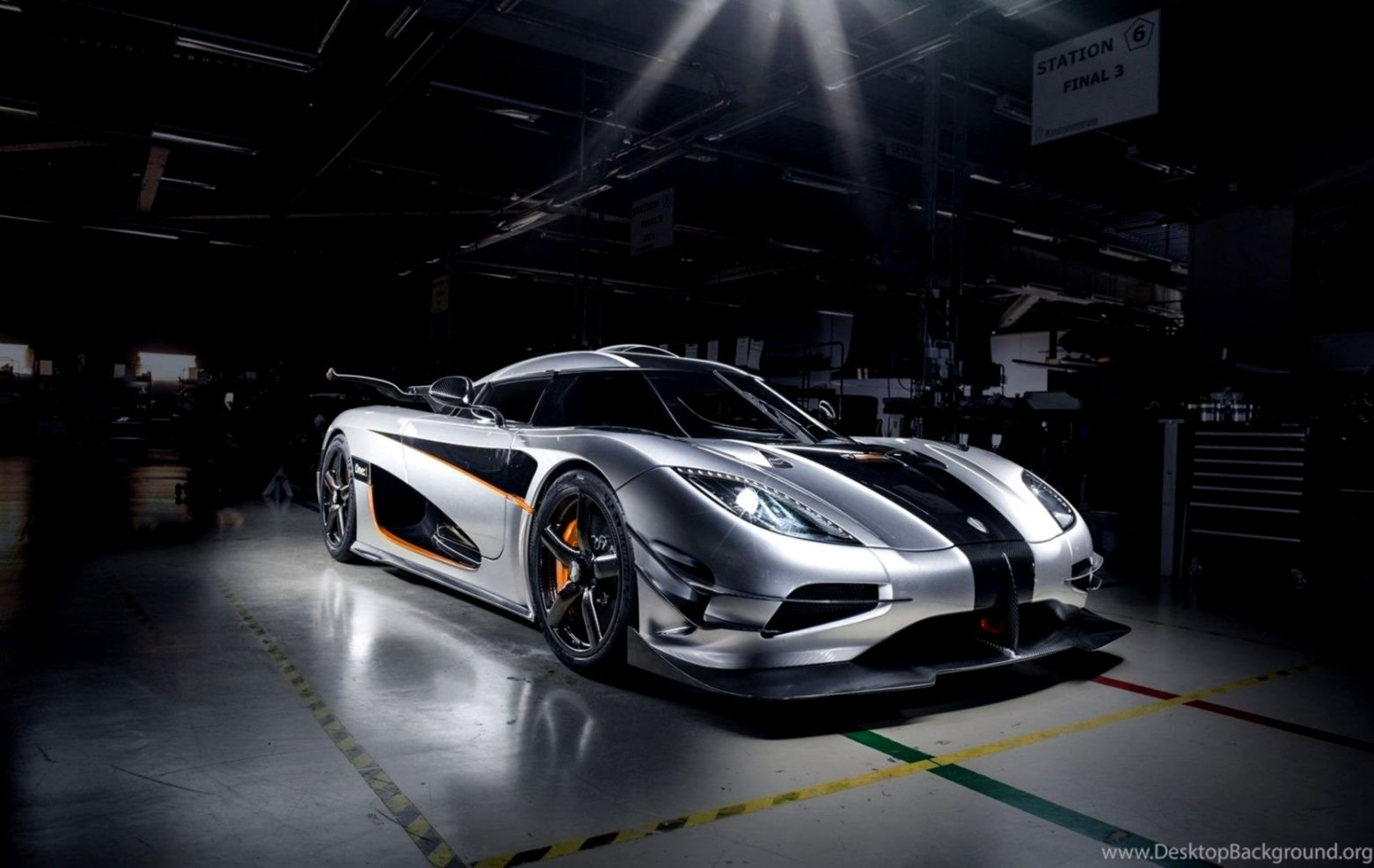 Koenigsegg One 1 Car Garage Hd Wallpaper This Wallpapers
