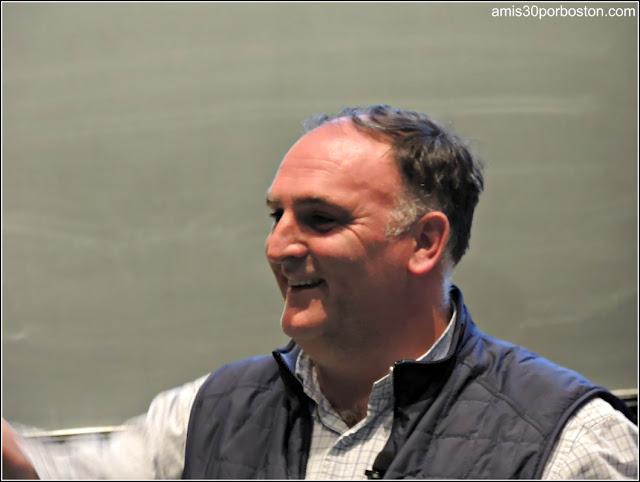 José Andrés durante una Conferencia en la Universidad de Harvard