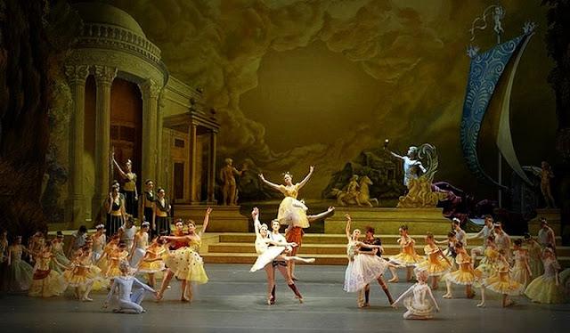 """""""Sylvia"""" es considerado un ballet clásico pero a la vez, revolucionario para su época, notable por su escenario mitológico y sus creativos bailes"""