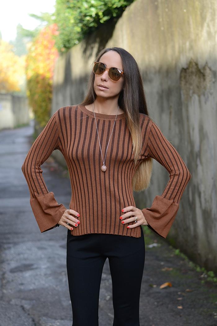 maglione maniche campana