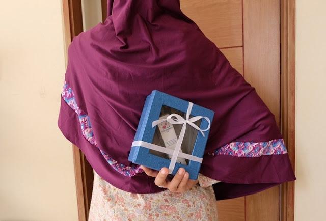 hadiah untuk suami