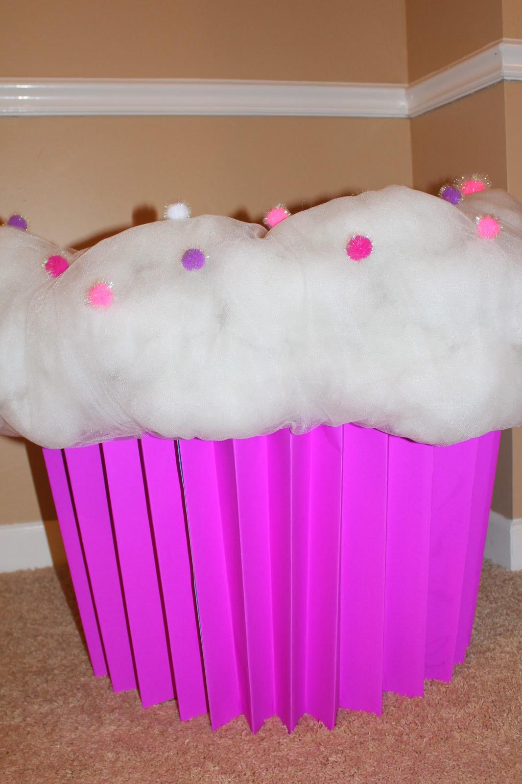 The Harris Sisters: DIY Cupcake Halloween Costume