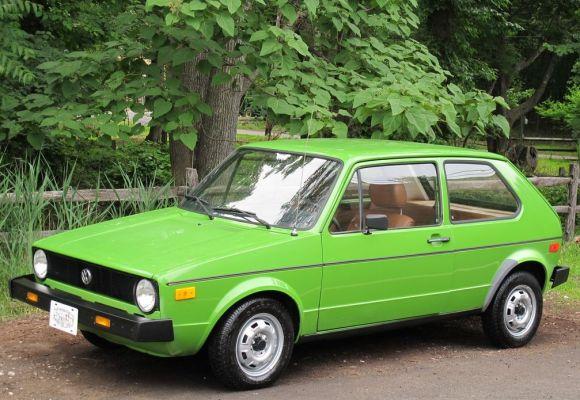 1977-Volkswagen-Golf-Front.jpg