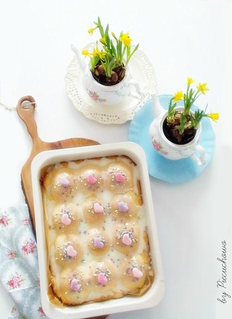 Ciasto z jabłuszkami a Dzień Kobiet.