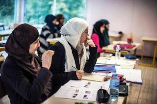 tips bagi pelajar mahasiswa muslim kuliah di luar negeri