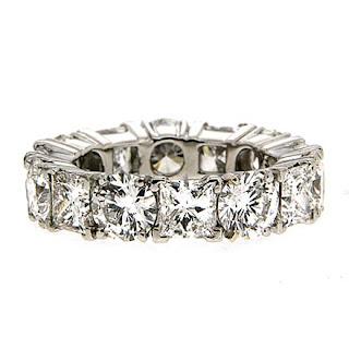The Diamond Eternity Wedding Band, a Symbol of Love!