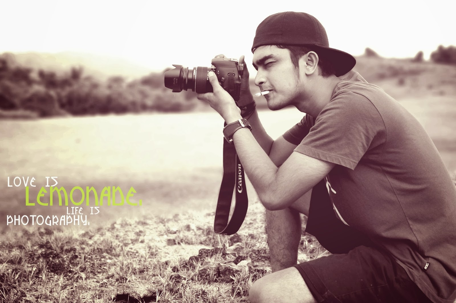 http://lemonade-photography.blogspot.com/2014/03/bermain-dengan-tone-warna-photoscape.html