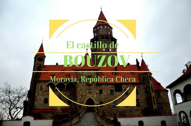 Castillo Bouzov Moravia República Checa