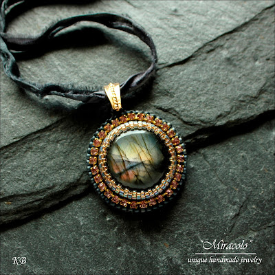 labradorite pendant, wisiorek z labradorytem