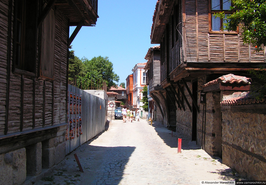 На улицах Созополя   On the Streets of the Town of Sozopol