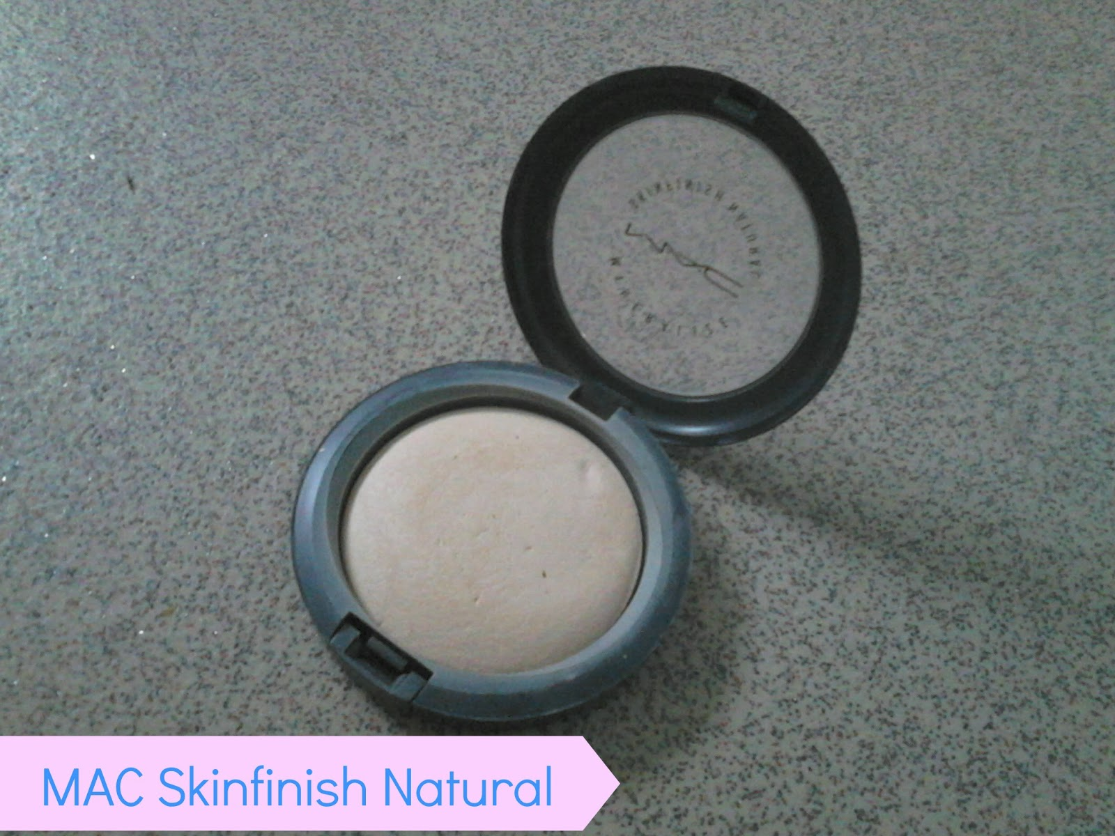 MAC Skinfinish Natural in Light