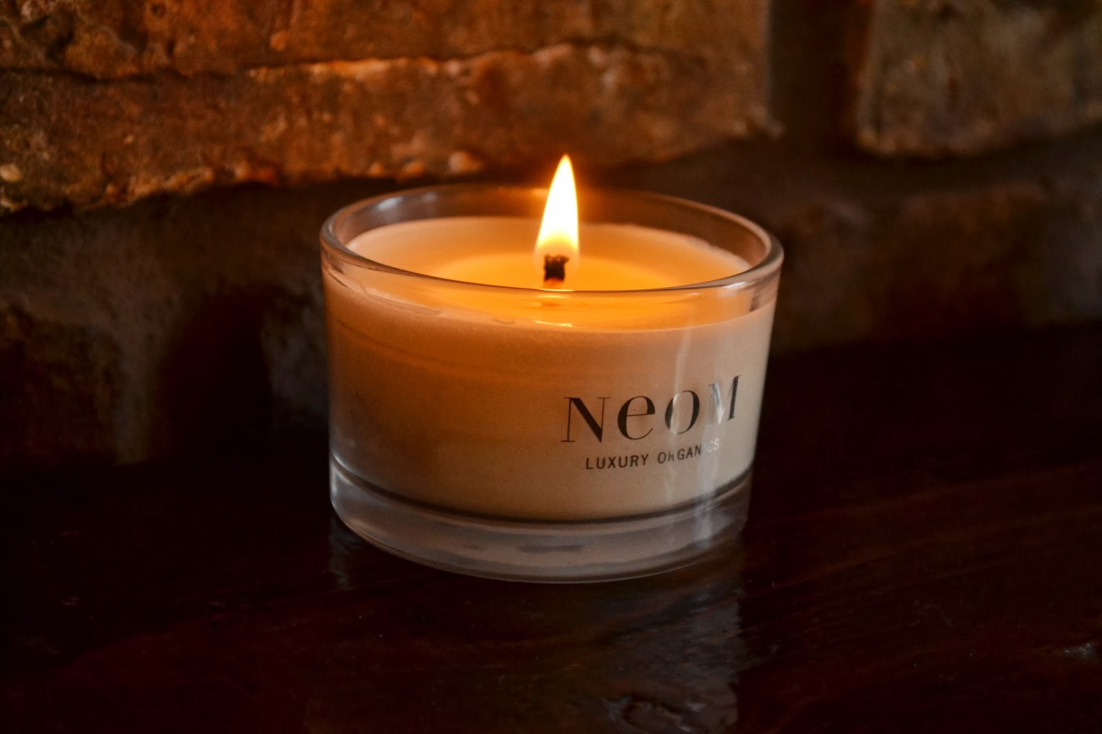 neom-travel-candle