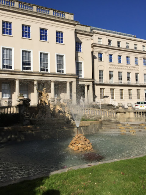 Cheltenham a Jewel in the Cotswolds