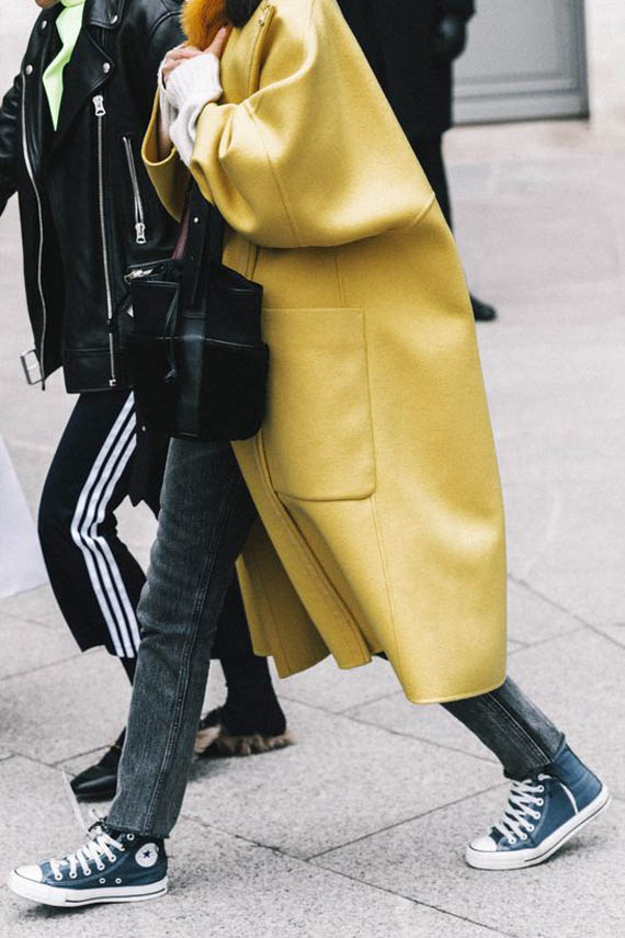 autumn converse outfits, denim, yellow coat