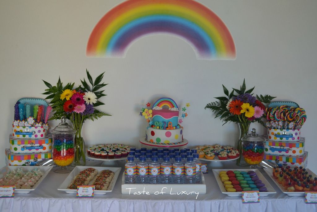1. Rainbow Party Table
