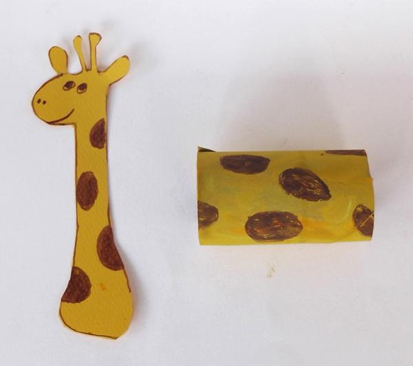 κατασκευές από χαρτόνια, χειροτεχνίες με χαρτόνια, καμηλοπάρδαλη, ζώα,