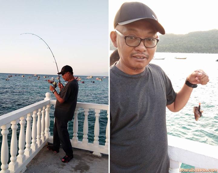 Memancing di perkampungan nelayan Pulau Perhentian Kecil