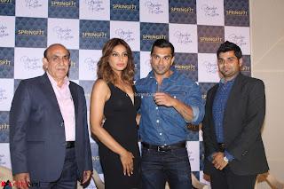 Bipasha Basu with Karan Singh 50.JPG