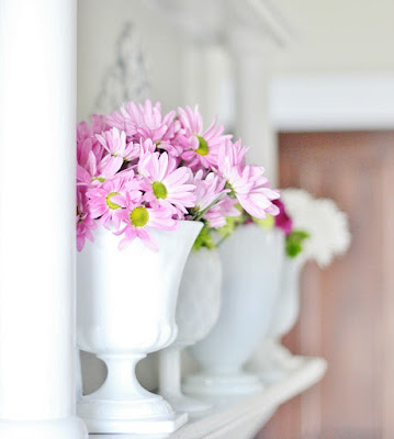 http://www.thistlewoodfarms.com/five-tips-to-get-the-farmhouse-look/