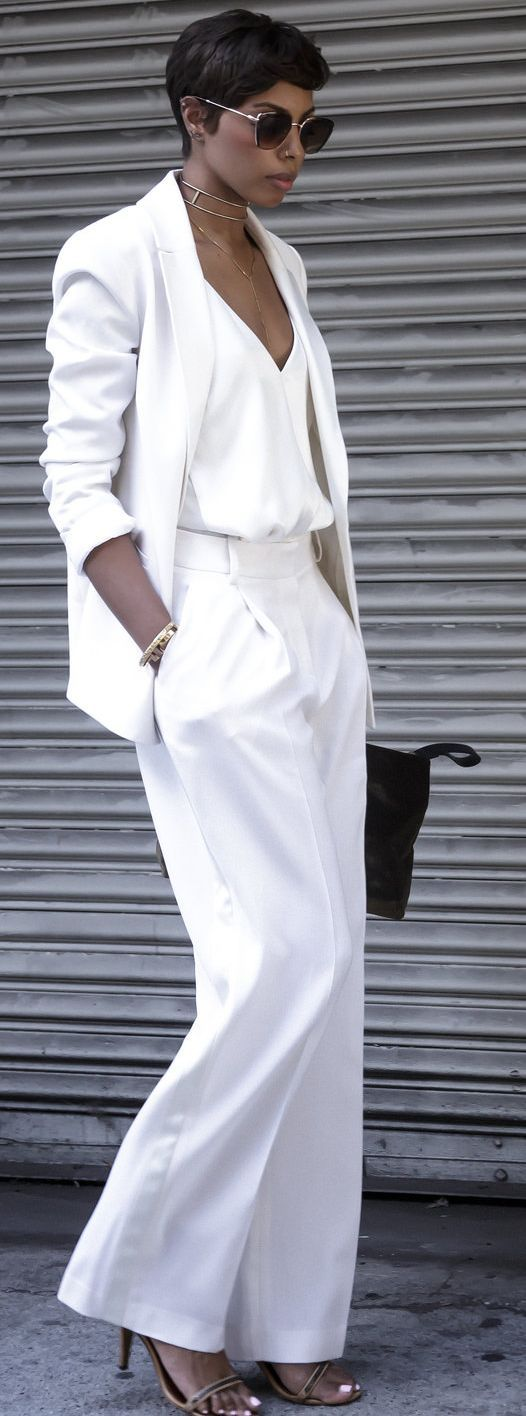 white and black outfit inspiration / top + blazer + pants + bag + heels