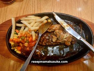 Menikmati Nikmatnya Steak 21 di Metropolian Mall (Metland) Cileungsi