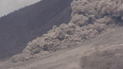Cenere vulcanica simulazioni in laboratorio