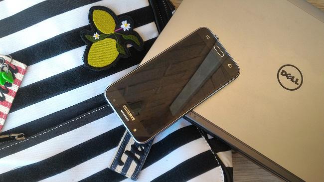 Qué llevo en mi bolso del trabajo - portátil y móvil