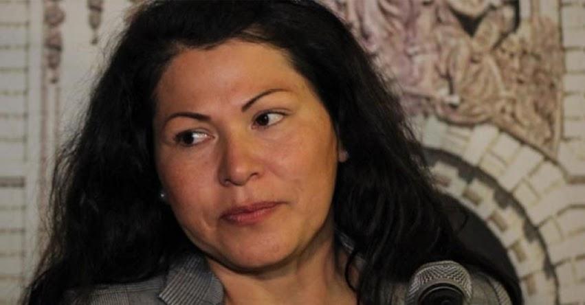 Revelan que compañeros de colegio de la Congresista fujimorista Yesenia Ponce no figuran en Reniec