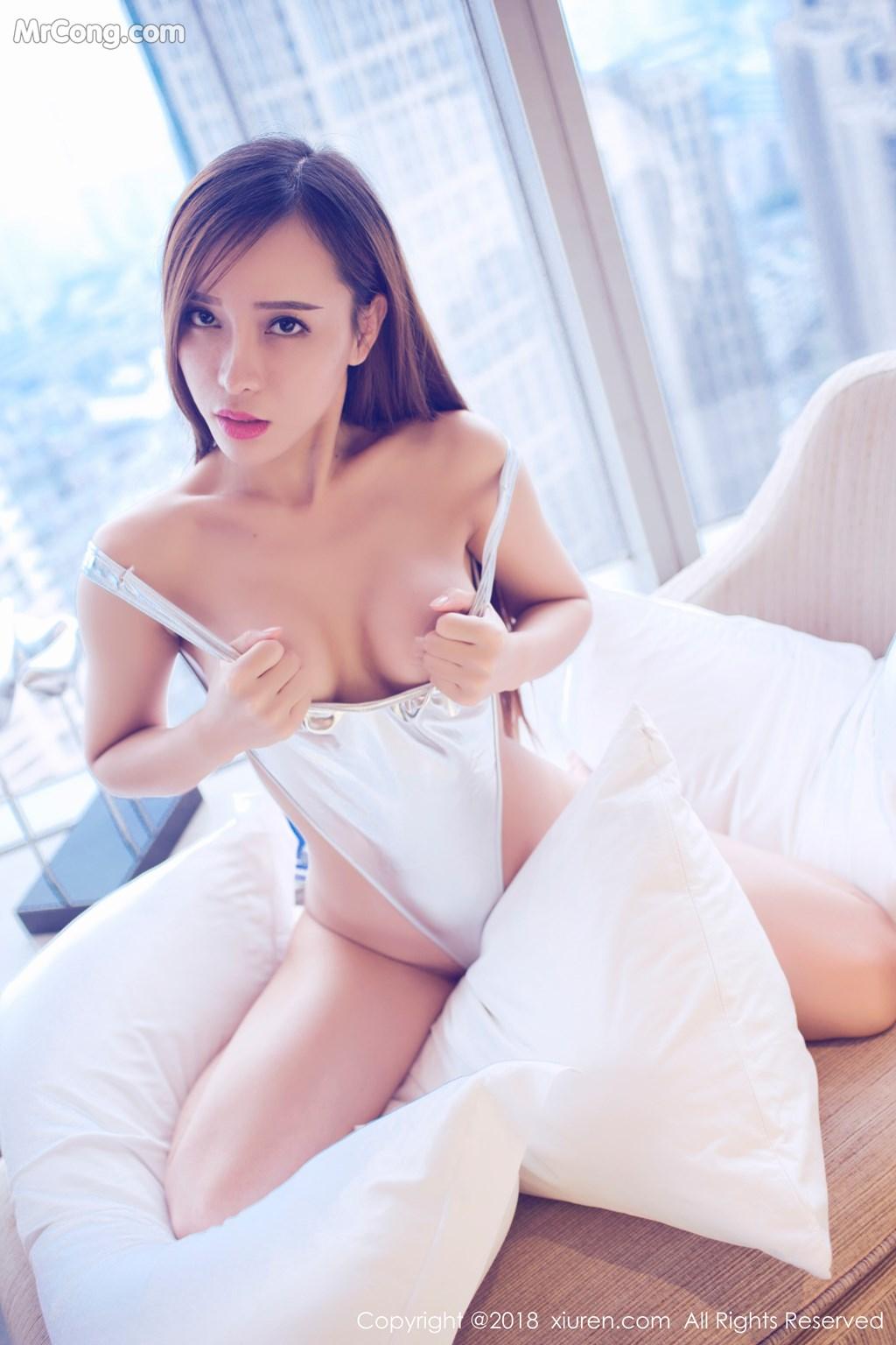 Image XIUREN-No.946-Ai-Xiao-Qing-MrCong.com-044 in post XIUREN No.946: Người mẫu Ai Xiao Qing (艾小青) (46 ảnh)