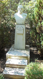 προτομή του Νικόλαου Κασομούλη στο Μουσείο Μακεδονικού Αγώνα του Μπούρινου