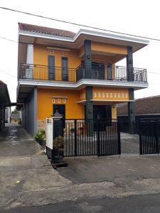 http://www.bookingvillabatumalang.com/2018/06/kenanga-villa-batu-malang.html