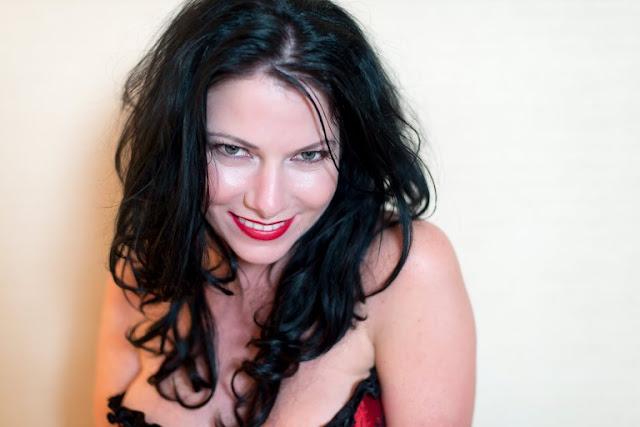 Louise Van Der Velde berselingkuh dengan 80 pria beristri
