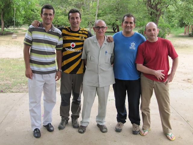 En medio de misioneros burgaleses