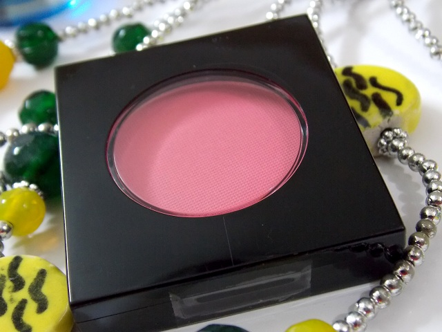 MUA Fashionista Blush in Blushing Coral Review