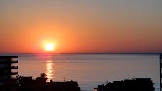 Rantakyla Group vuokrahuoneiston terassilta näkymä aamulla merelle