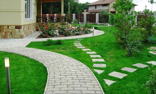 Тротуарная брусчатка в загородном доме