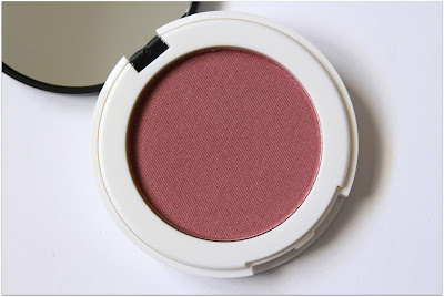 "Lily Lolo Pressed Mineral Blush in ""Coming Up Roses"""